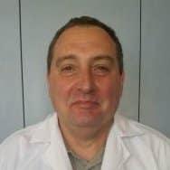 Д-р Кирил Петров