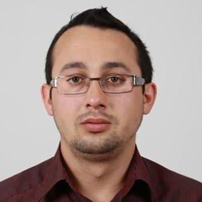 Д-р Кирил Фералиев